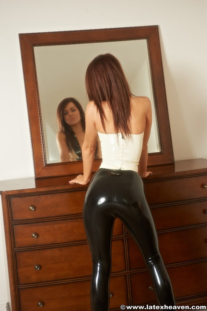 Girls in skin tight latex shorts pity, that